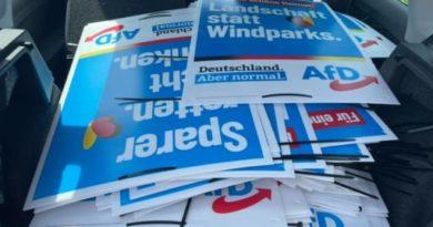 Plakatierungsstart der AfD Kitzingen am 15. August 2021
