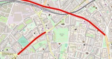 OpenStreetMap-Contributors, Jeuwre, CC BY-SA 2.0 , via Wikimedia Commons
