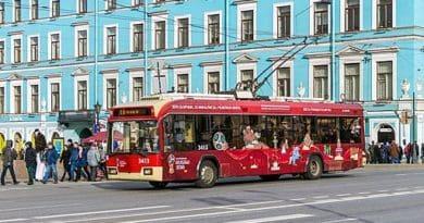 Symbolbild, Trolleybus BKM-321 (ASKM-321) auf der Nevsky Avenue in St. Petersburg - Alex 'Florstein' Fedorov, CC BY-SA 4.0 https://creativecommons.org/licenses/by-sa/4.0, via Wikimedia Commons